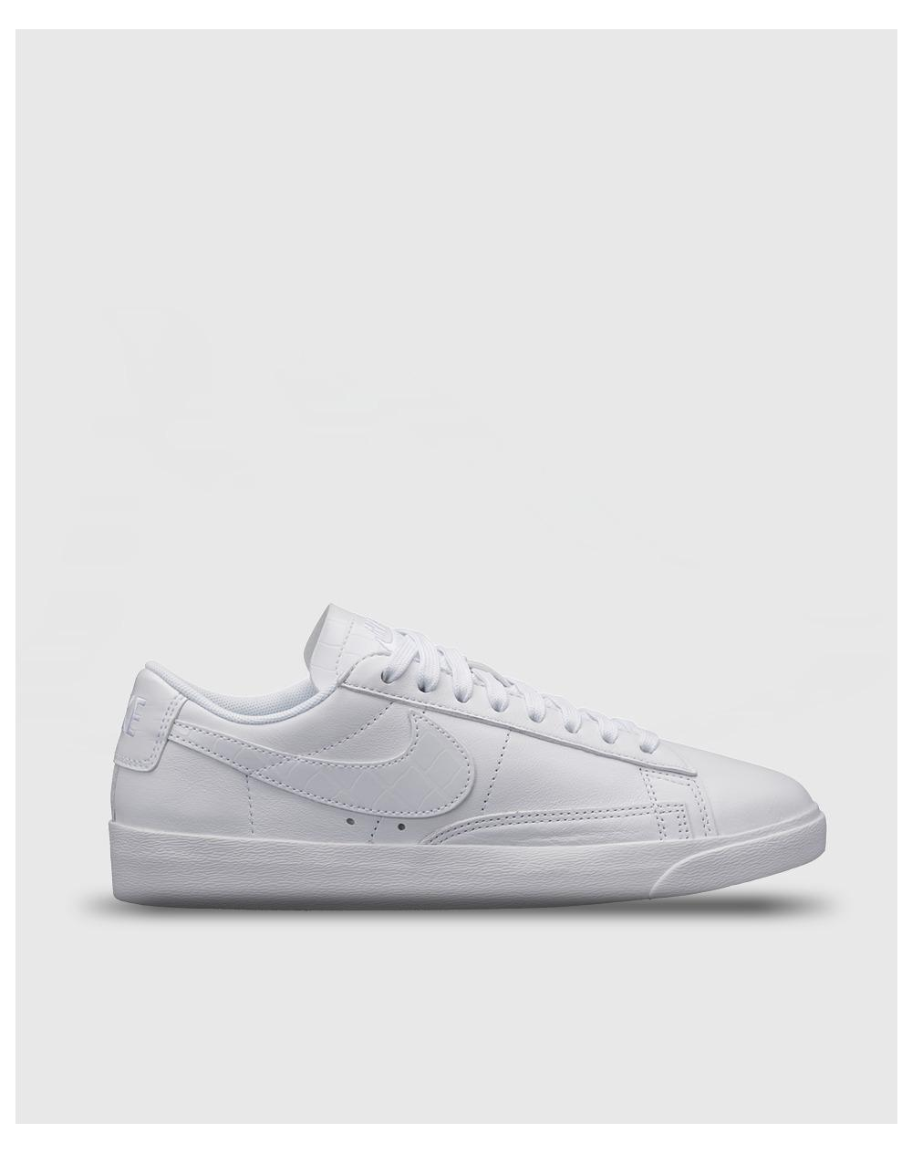 cheap for discount db183 7a08a Nike White Blazer Low Essential Casual Trainers