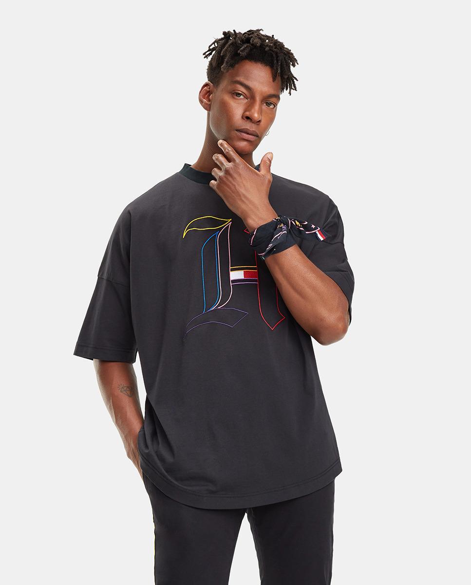 c9521b6733707 Tommy Hilfiger. Men s Tommyxlewis Black Short Sleeve Organic Cotton T-shirt