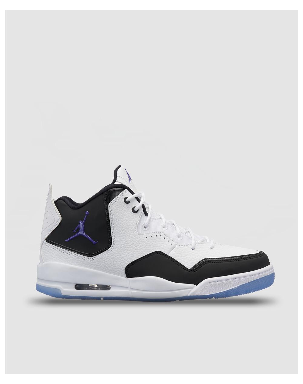 9ba9f61e448ca2 Lyst - Nike Jordan Courtside 23 Casual Trainers in White for Men