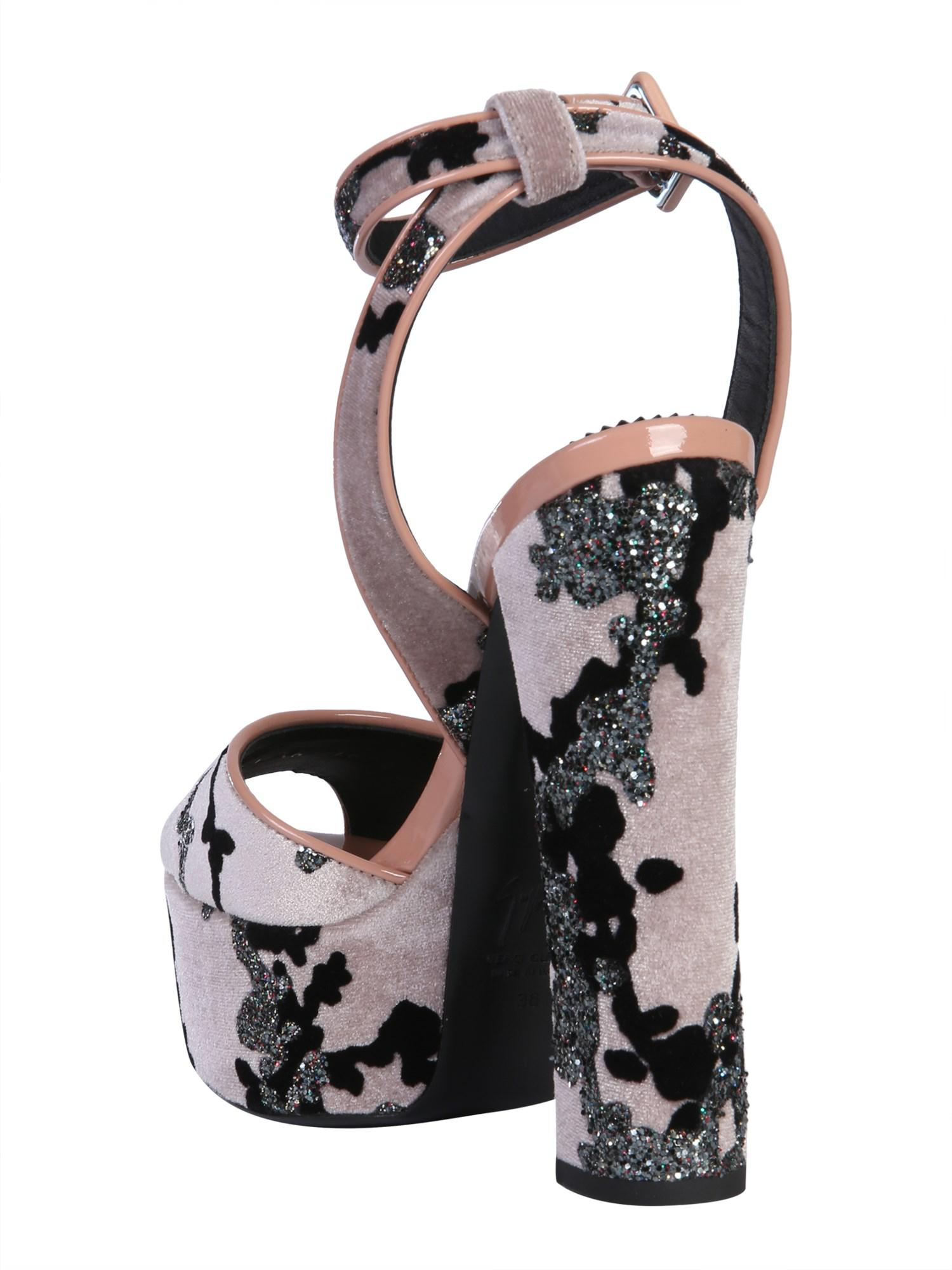 8d2db275432 Lyst - Giuseppe Zanotti Betty Velvet Sandals