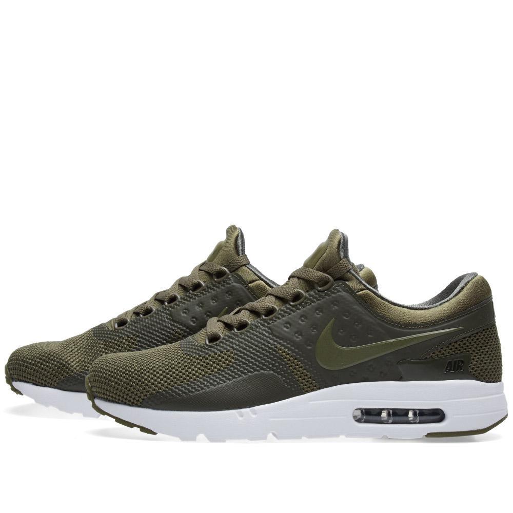 Nike Air Max Zero Essential in Green