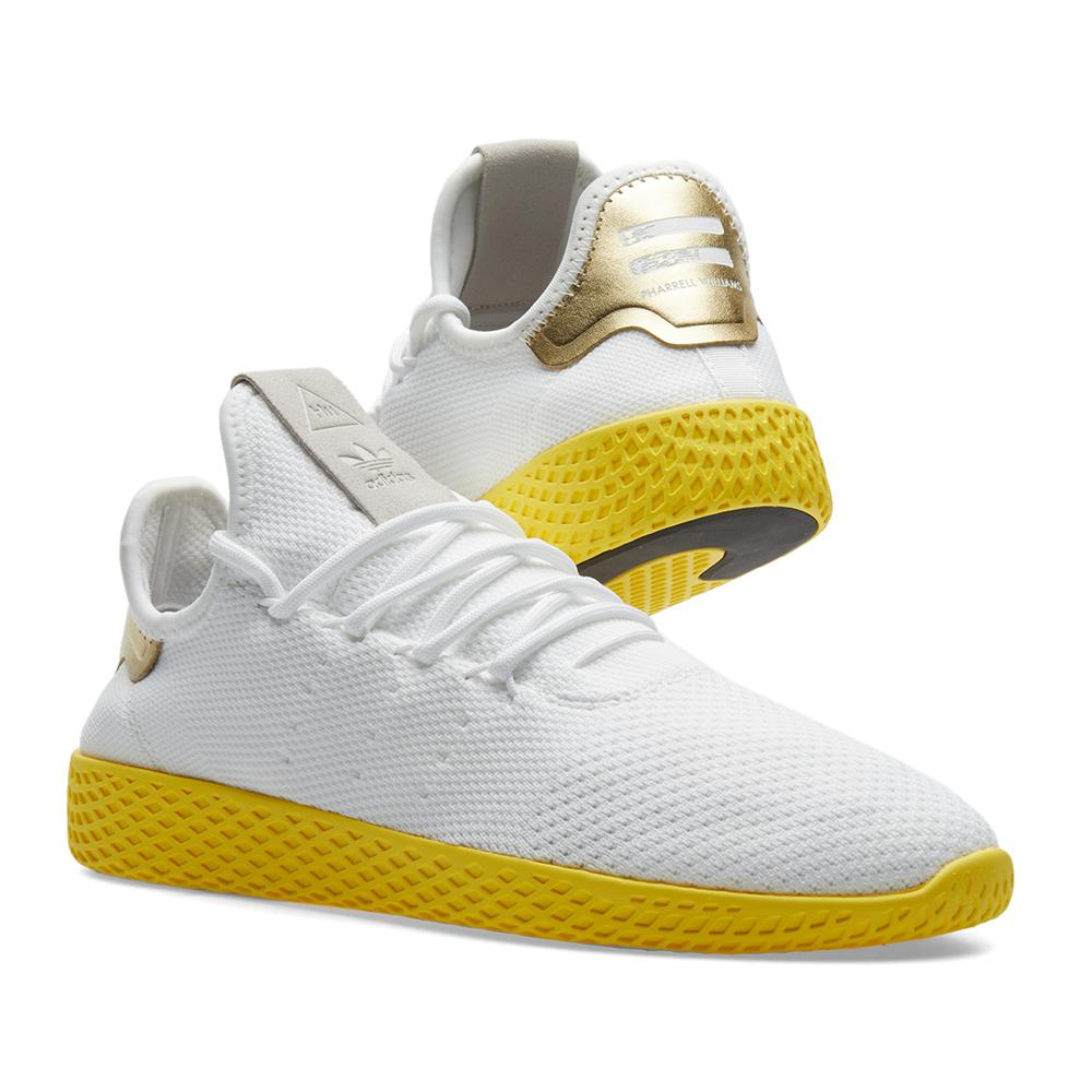 lyst adidas originali x pharrell williams tennis hu in giallo