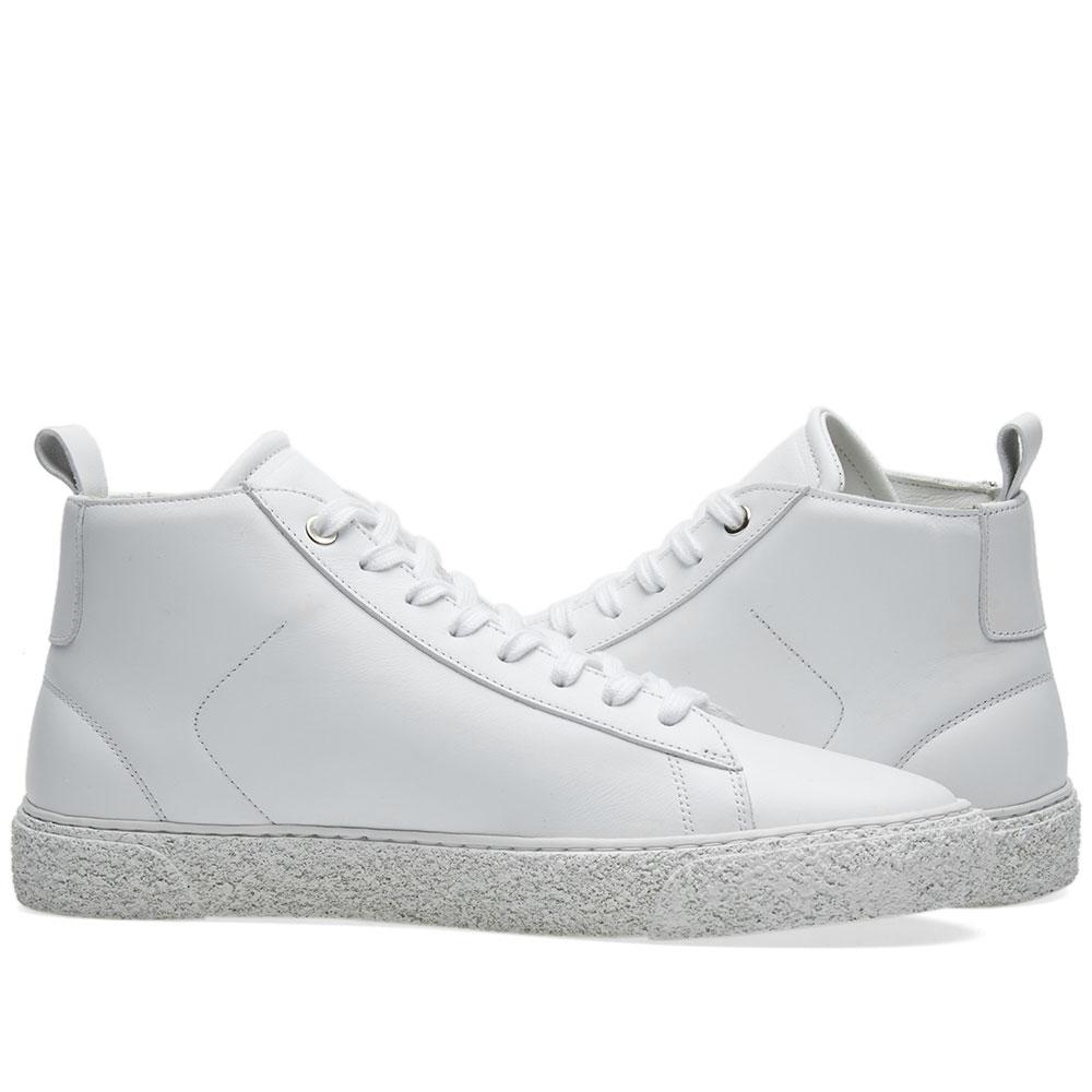 Axel Arigato Leather Chukka Sneaker in