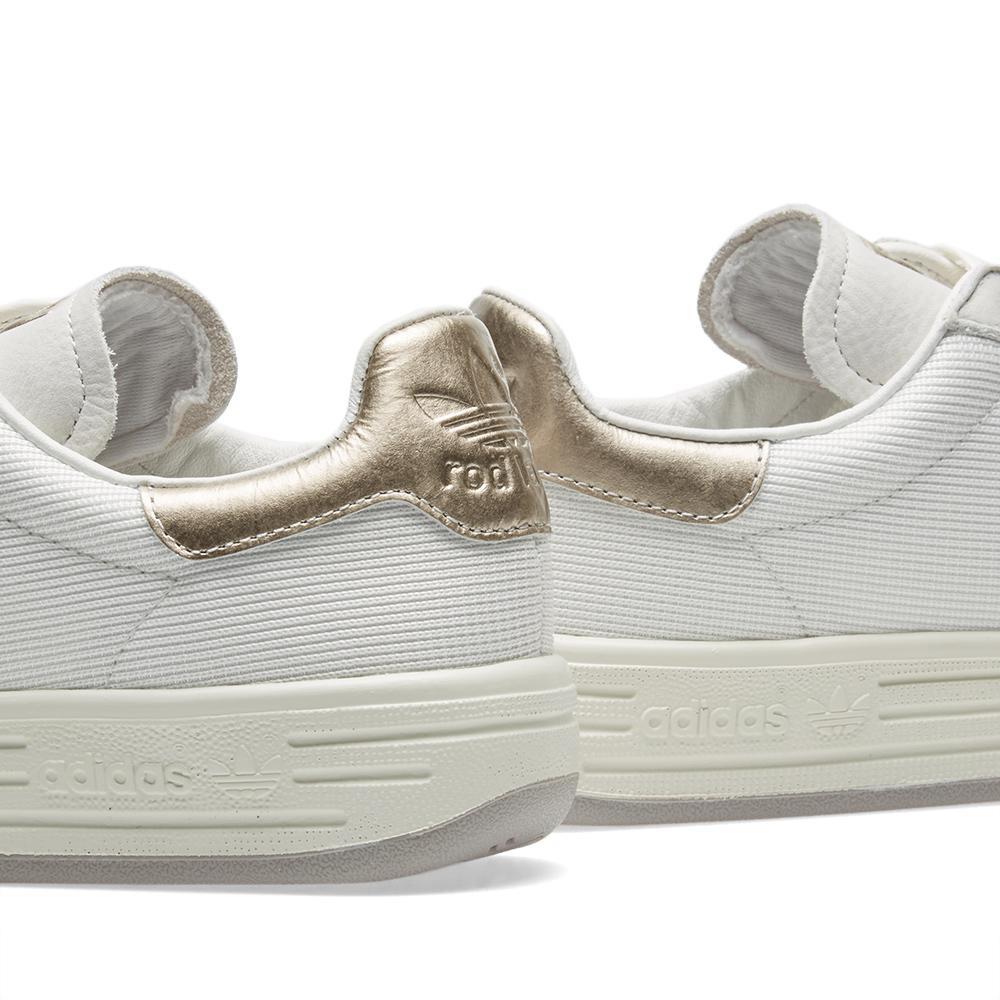adidas originals rod laver super platinum sneaker