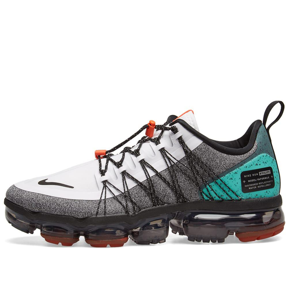 sports shoes 338d2 2e610 Nike White Air Vapormax Run Utility Sneakers for men