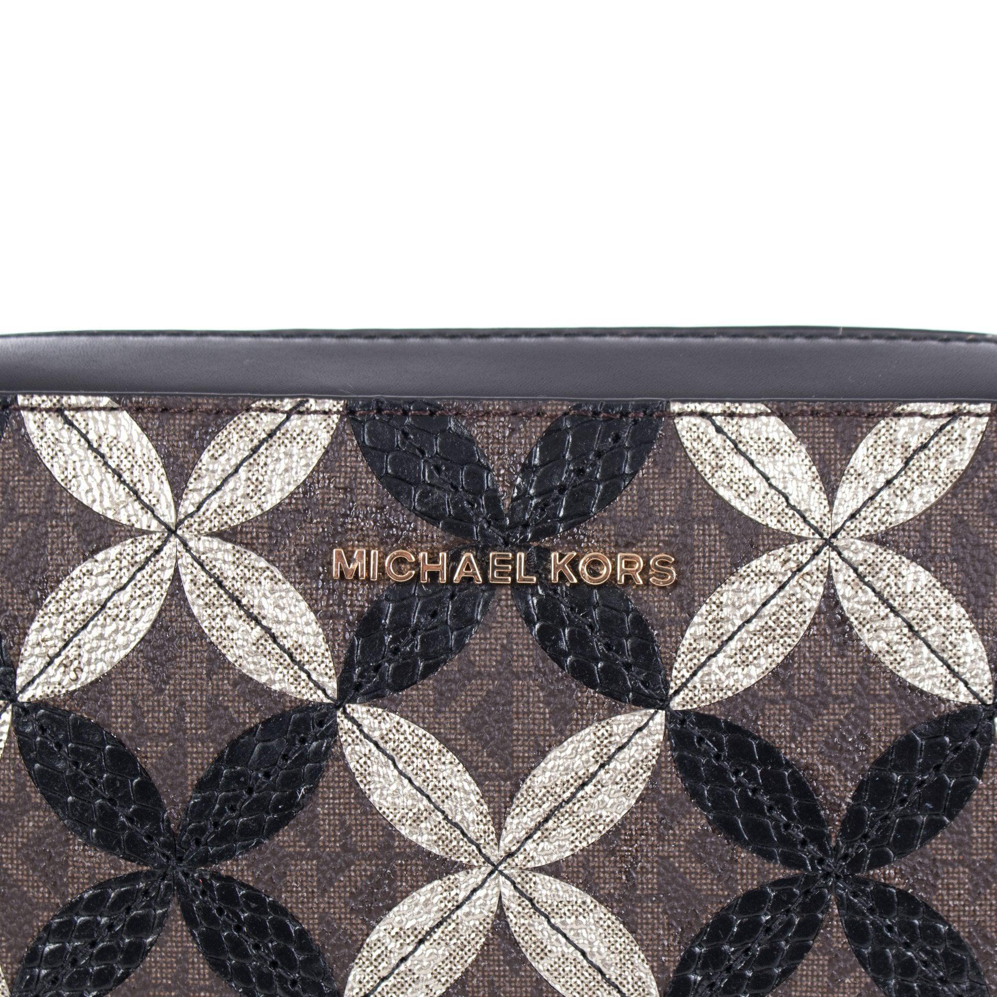 2b09447feb5e Michael Kors Mk Signature Camera Bag in Brown - Lyst