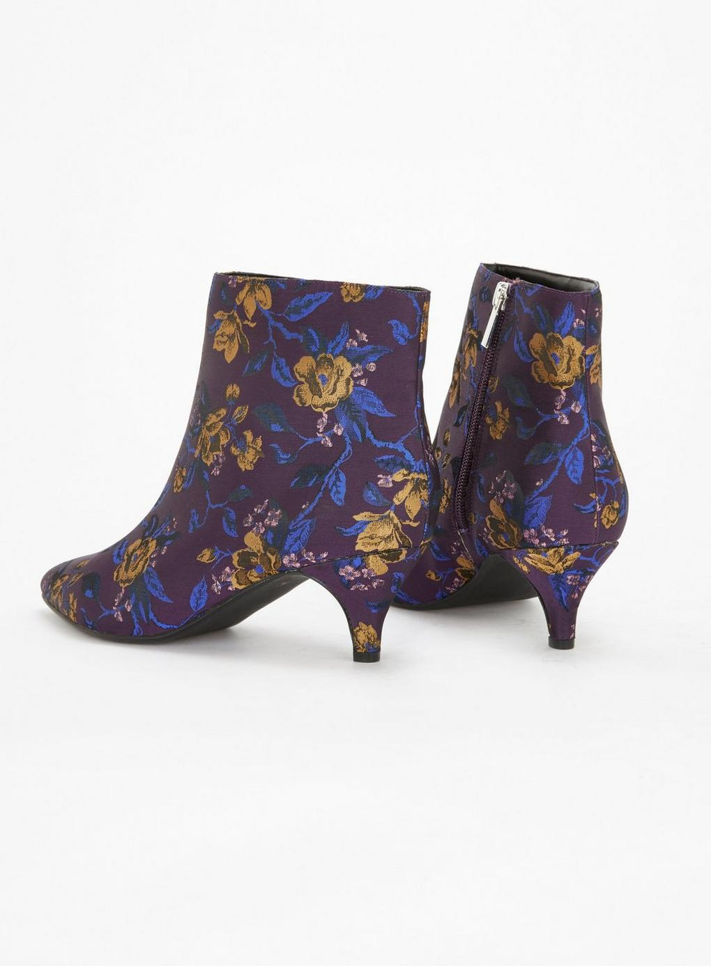 465b263c743 Evans Extra Wide Fit Purple Jacquard Kitten Ankle Boots in Purple - Lyst