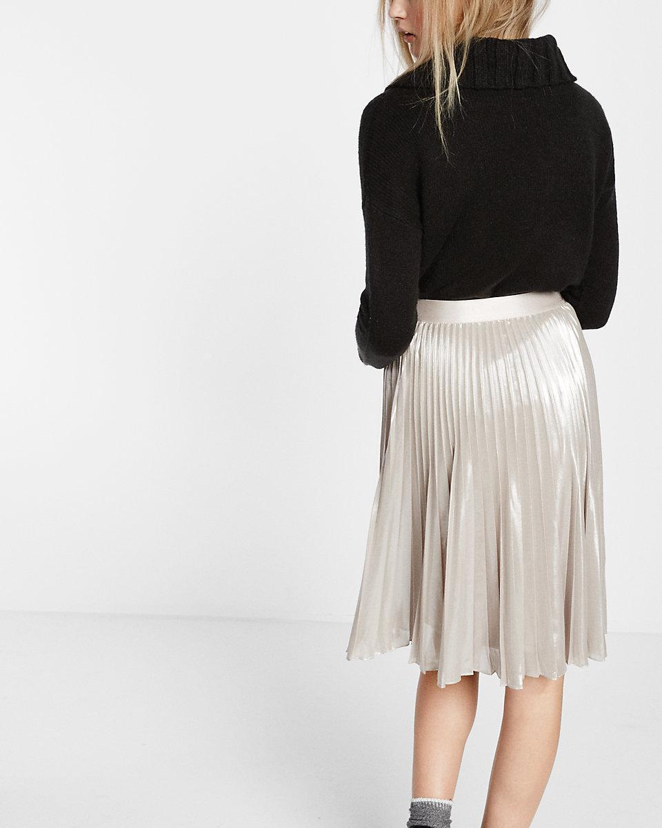 3a0e807abf Lyst - Express Metallic Pleated Midi Skirt