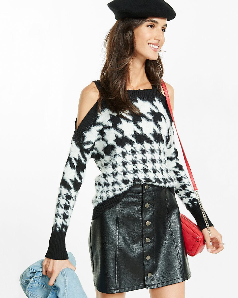 44449c2393554 Lyst - Express Fuzzy Houndstooth Print Cold Shoulder Sweater in Black