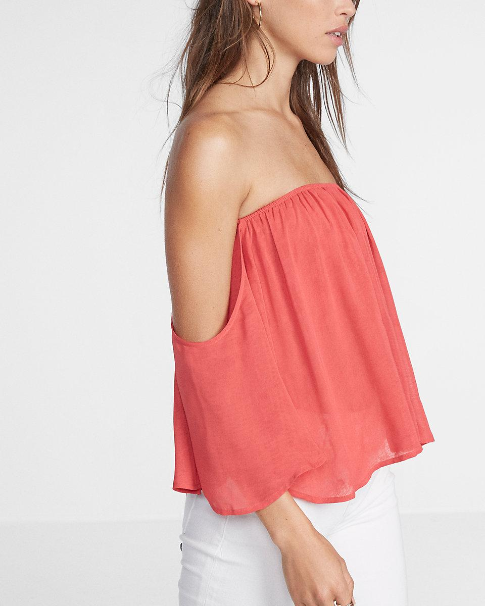 a9aedc03 Express Off The Shoulder Smocked Bandeau Top in Red - Lyst