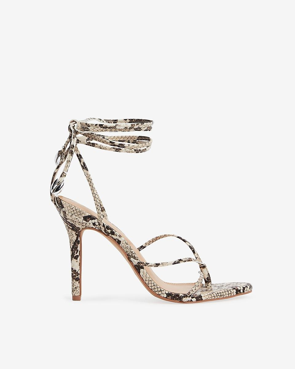 Womens Sandals Thong Flats Snakeskin Print
