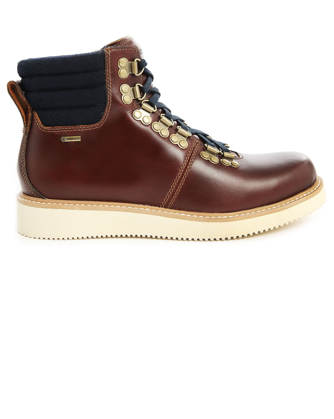 timberland abington hiker gtx brown leather boots in brown