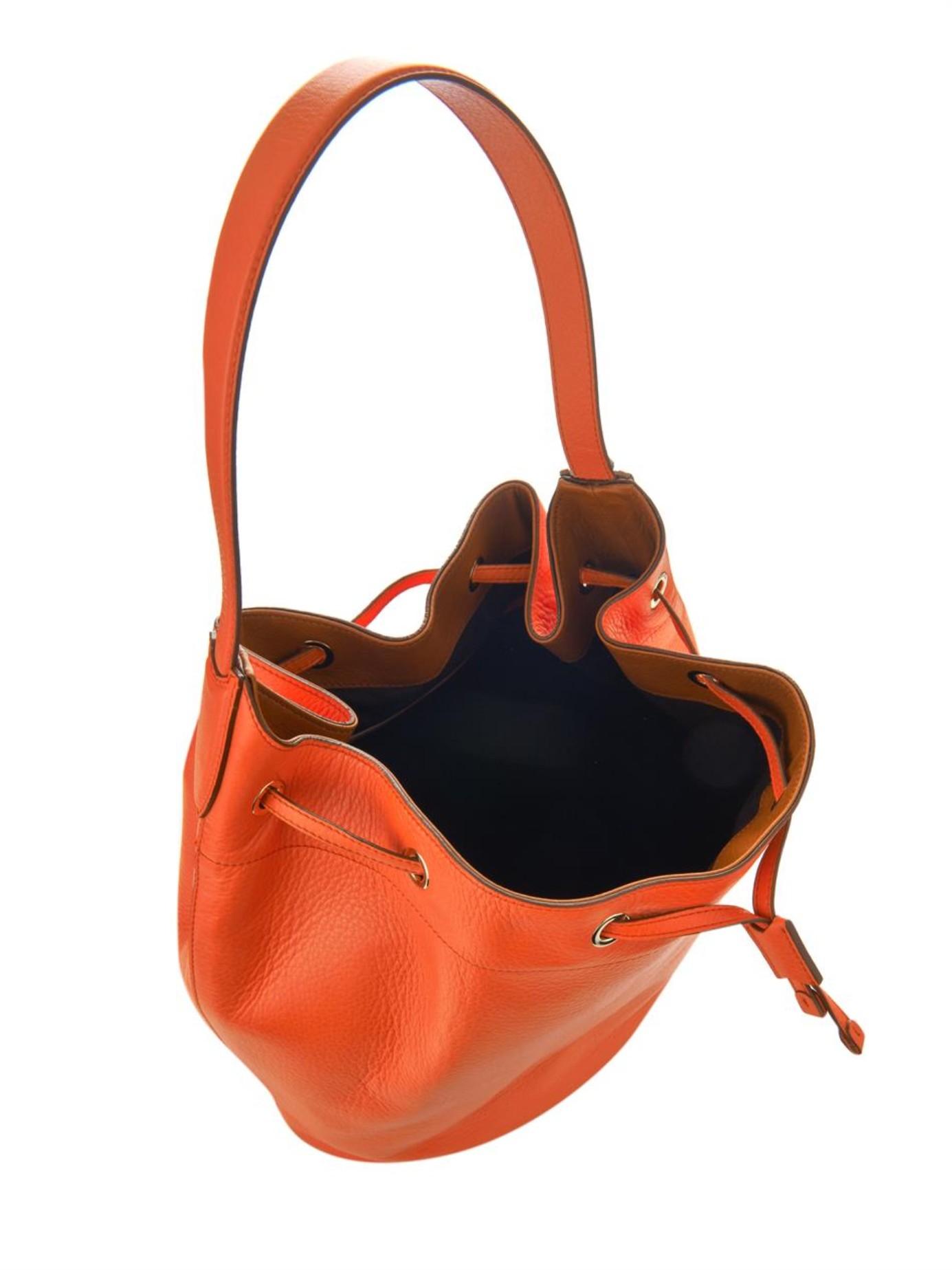 811504ab5 Max Mara Leather Bucket Bag in Orange - Lyst