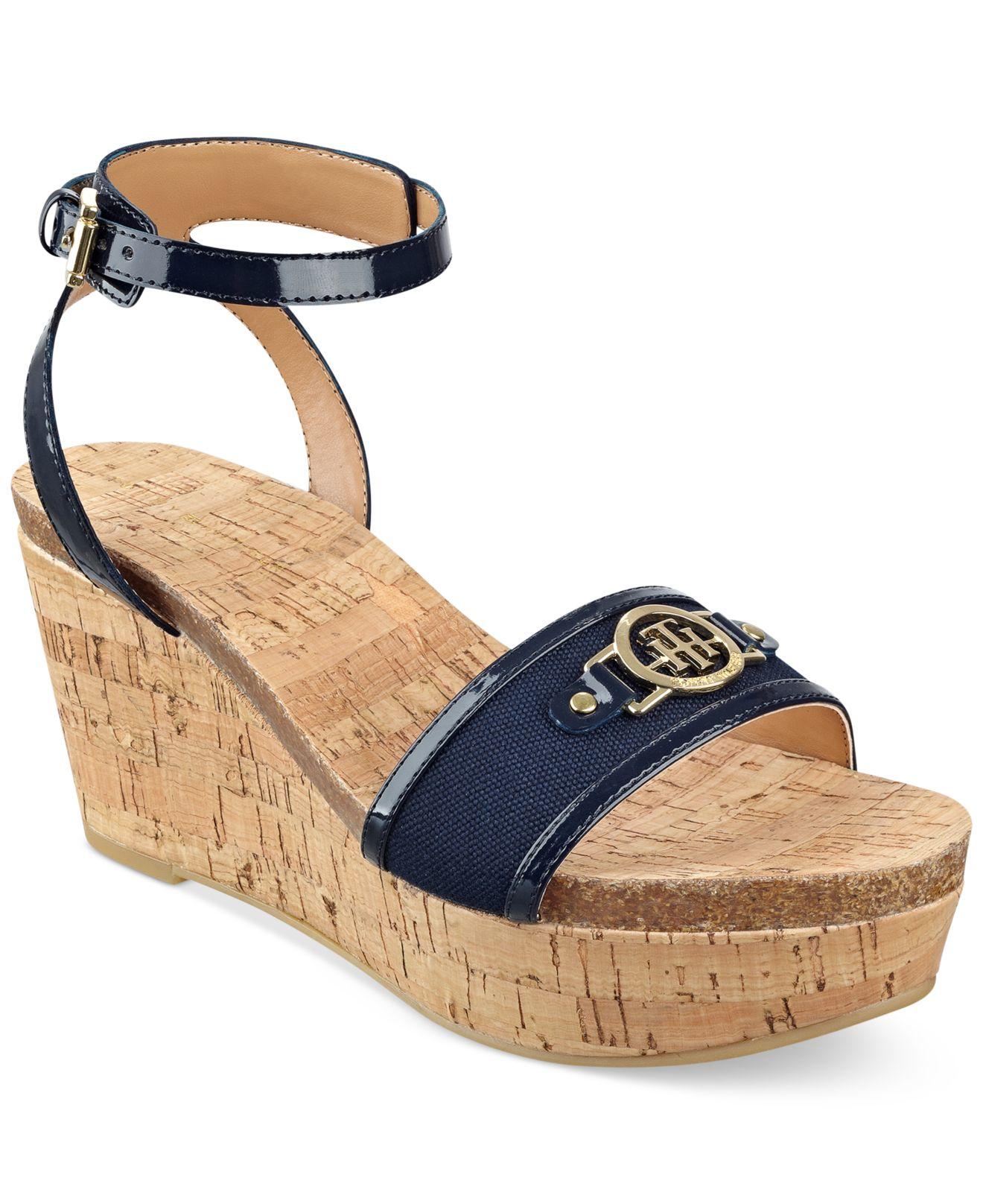 27fd5ff17e94ae Lyst - Tommy Hilfiger Hesley Platform Wedge Sandals in Natural