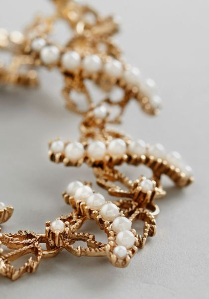 Modcloth Til The End Of Time New Heirloom Necklace in Gold (Cream) - Lyst