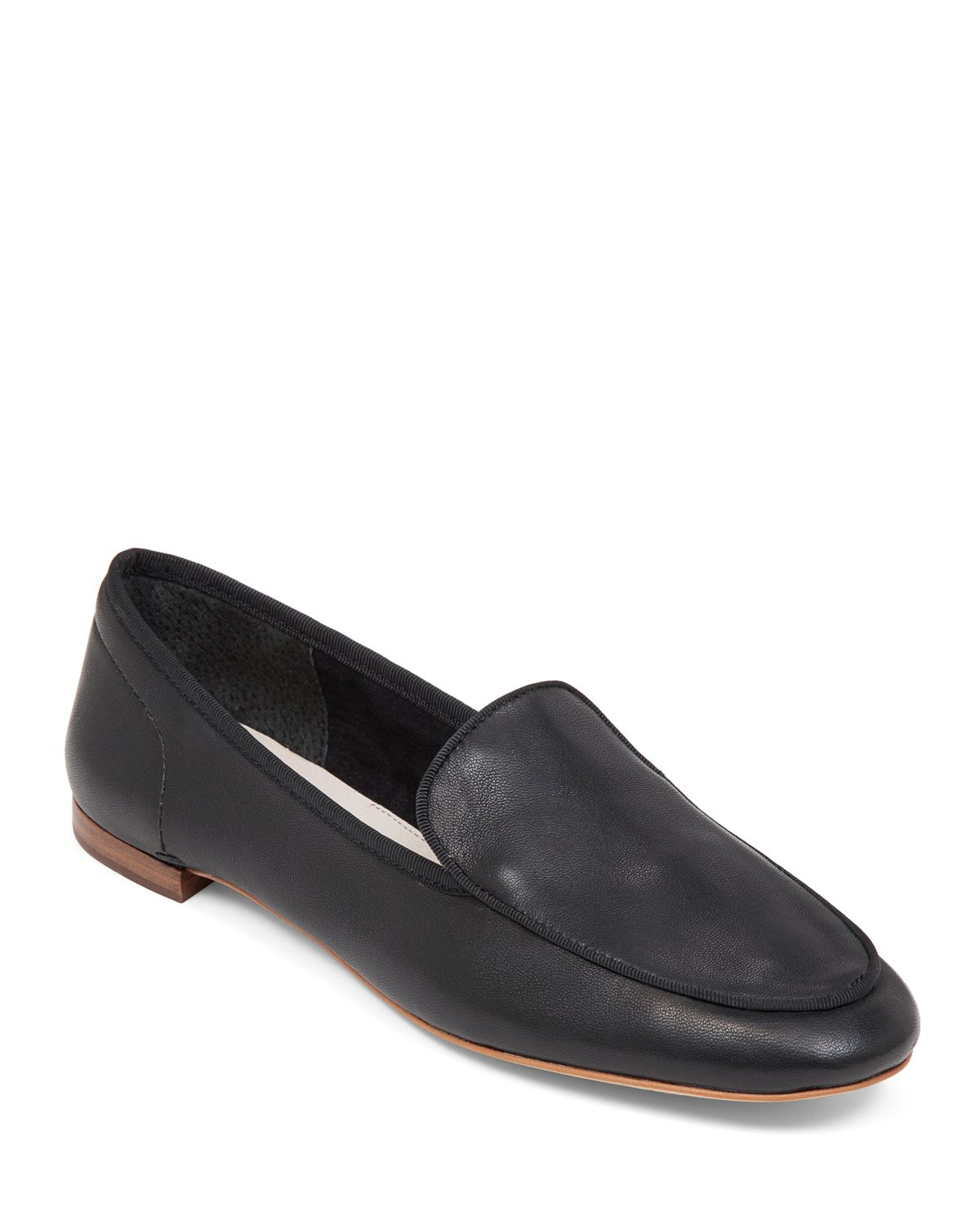 Free shipping on women's flats at thritingetqay.cf Shop ballet flats, loafer flats, mule flats and black flats from the best brands including Tory Burch, TOMS, .