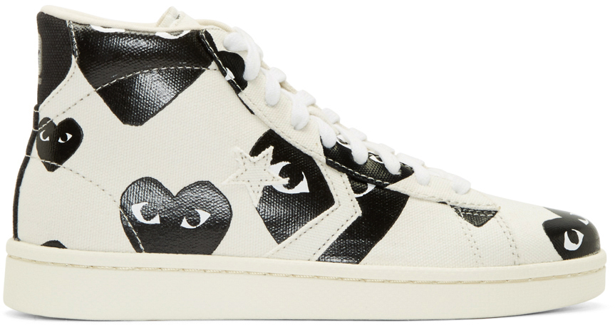 8992e4a550a1 Play Comme des Garçons White Heart Print Converse Edition High top ...