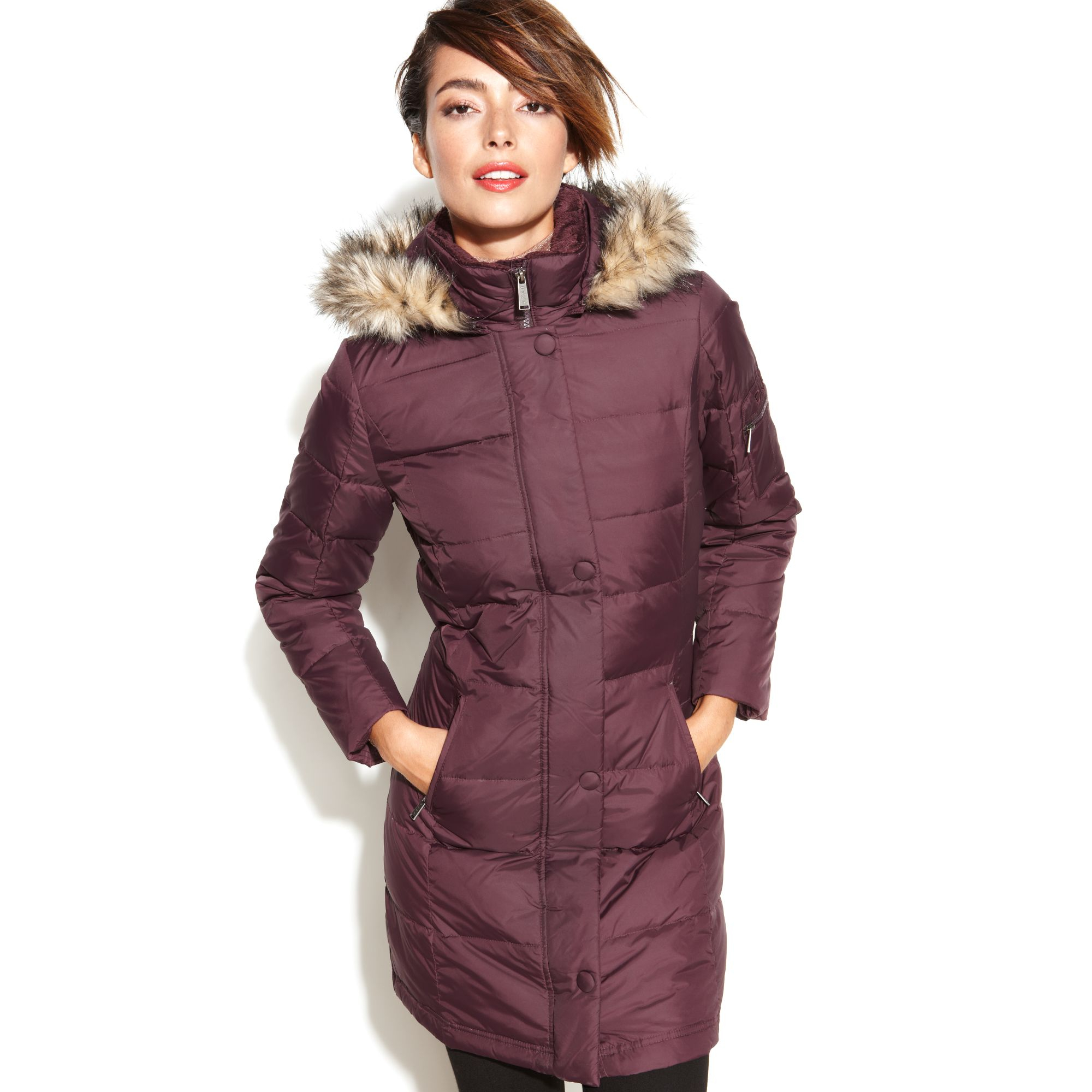 Find a great selection of down & puffer jackets for women at getessay2016.tk Shop from top brands like Patagonia, The North Face, Canada Goose & more. Free shipping & returns.