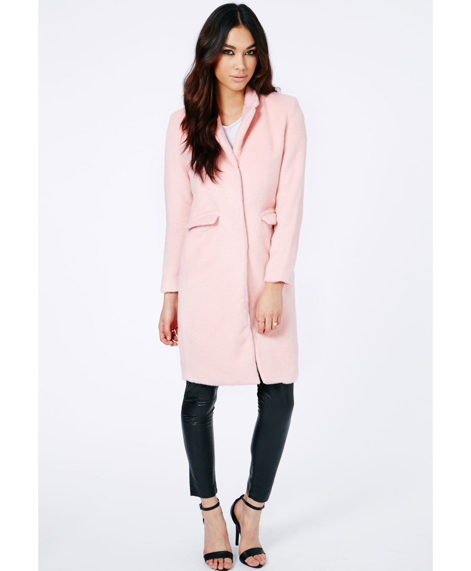 Missguided Hether Textured Tailored Boyfriend Coat in Baby Pink in ...