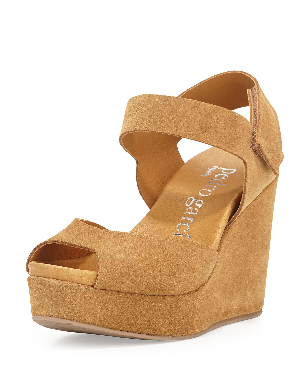 f43e589914e0 Lyst - Pedro Garcia Molly Peep-toe Wedge Sandal in Brown