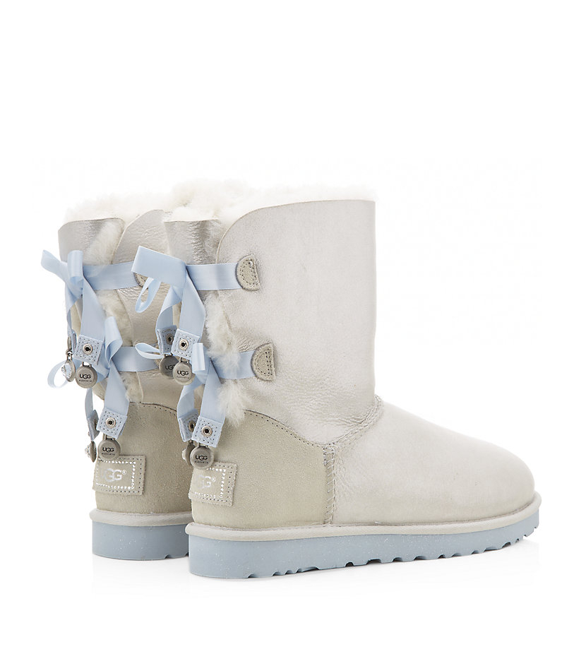 6429fefbe6c Ugg Bailey Bow Bling White