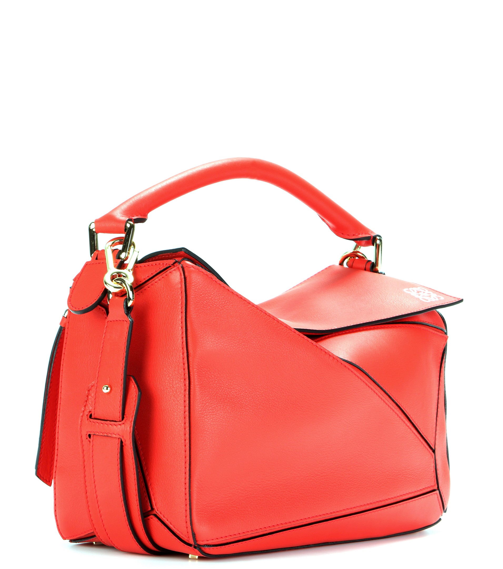Loewe Puzzle Leather Shoulder Bag in Red