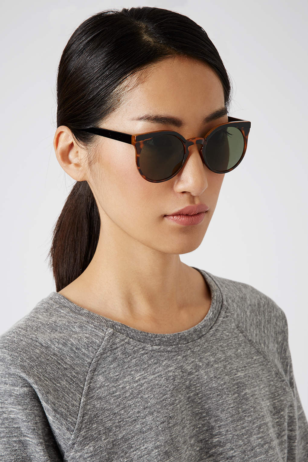 e215577bad0 Topshop Lexi Round Sunglasses in Brown - Lyst