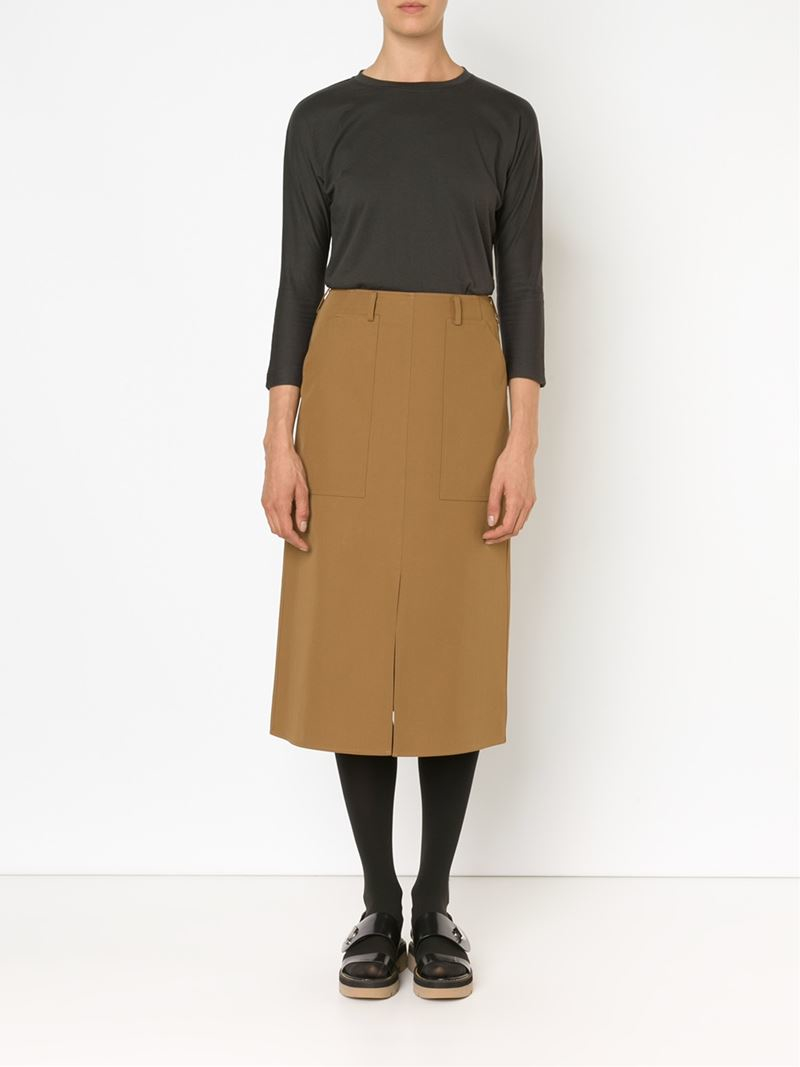 FILIPPINA HOTTIE...HI brown straight skirt classic stuff!