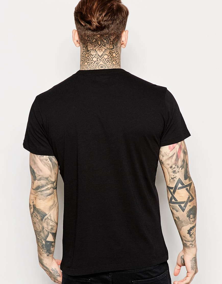 Black t shirt front - Gallery