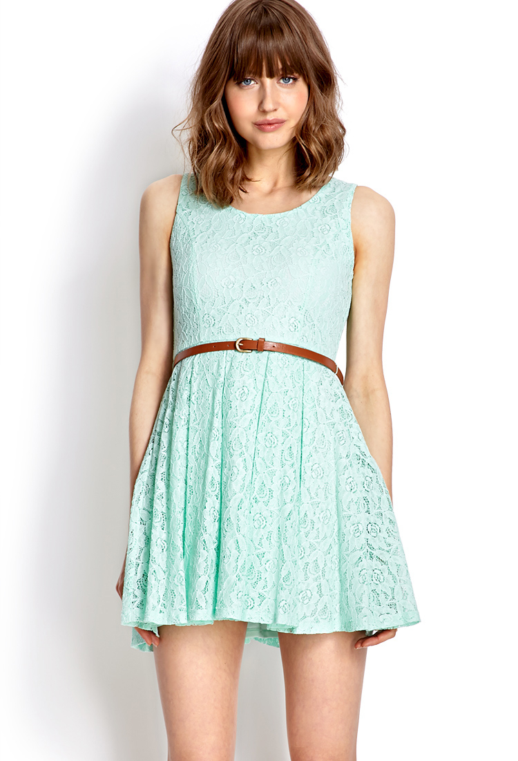 Forever 21 Rustic Lace Dress in Green | Lyst