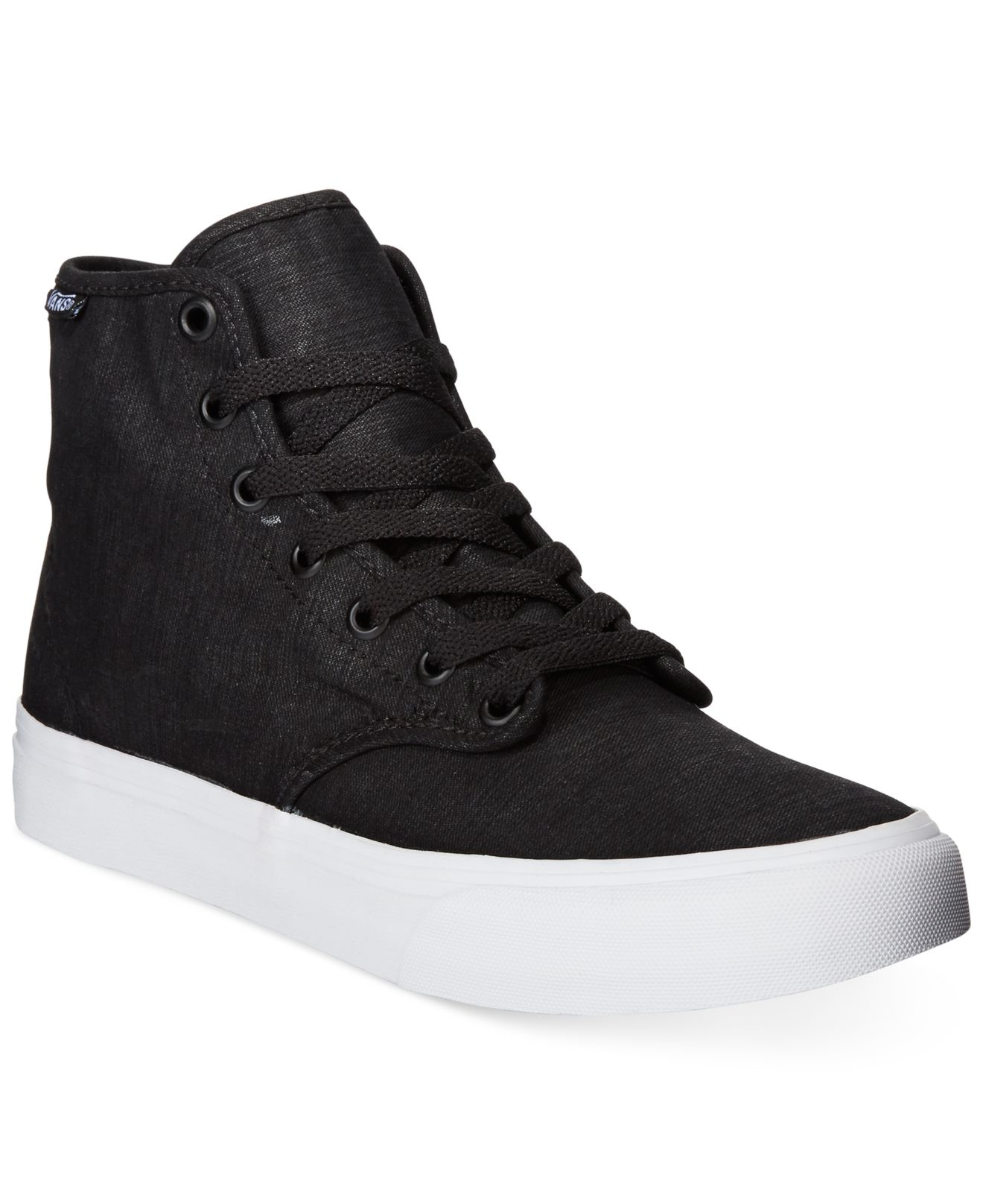 Discover the latest styles of women's athletic high top shoes from your favorite brands at Famous Footwear! Find your fit today!
