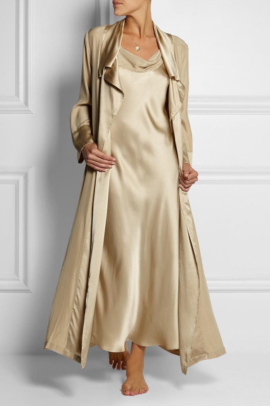 Lyst - Donna Karan Glamour Silk-satin Robe in Metallic 53481705c
