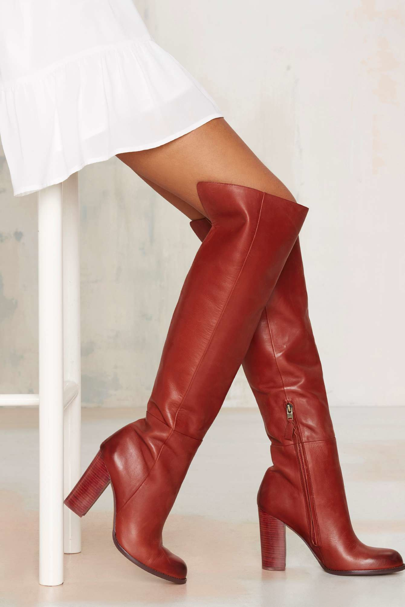Knee-High Boots Women's Boots: Find the latest styles of Shoes from fefdinterested.gq Your Online Women's Shoes Store! Get 5% in rewards with Club O! Coupon Activated! Bandolino Womens florie Leather Square Toe Knee High Fashion Boots. 1 Review. SALE. Quick View. Sale $