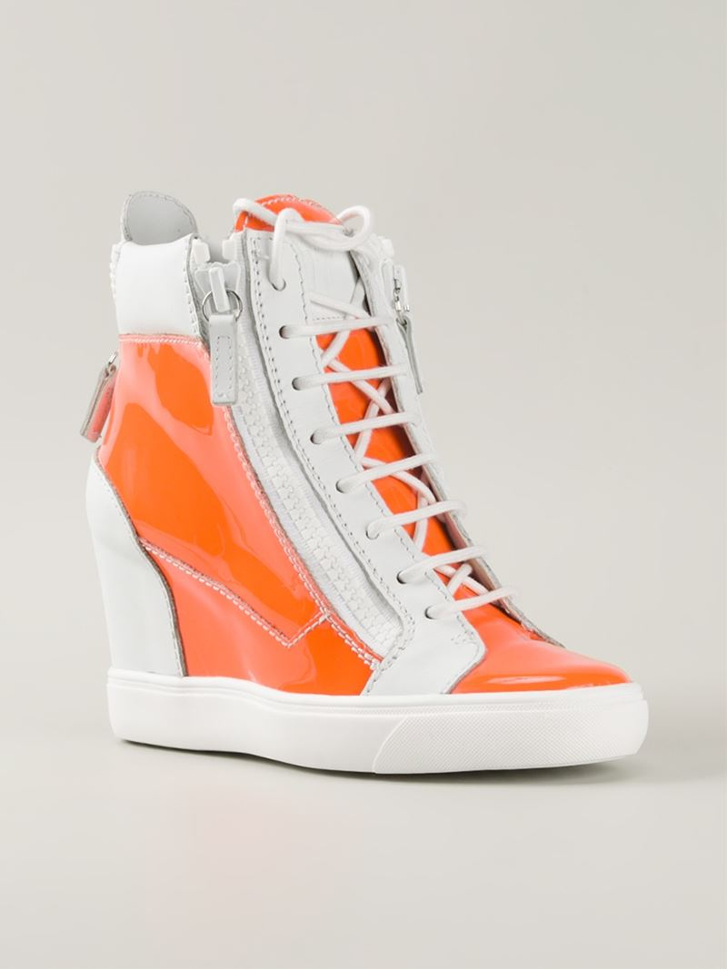 Orange High Top Sneakers ($ - $): 30 of items - Shop Orange High Top Sneakers from ALL your favorite stores & find HUGE SAVINGS up to 80% off Orange High Top Sneakers, including GREAT DEALS like Vivi Multi-buckle Embroidered Denim High-top Sneakers - Blue - Ash Sneakers ($).