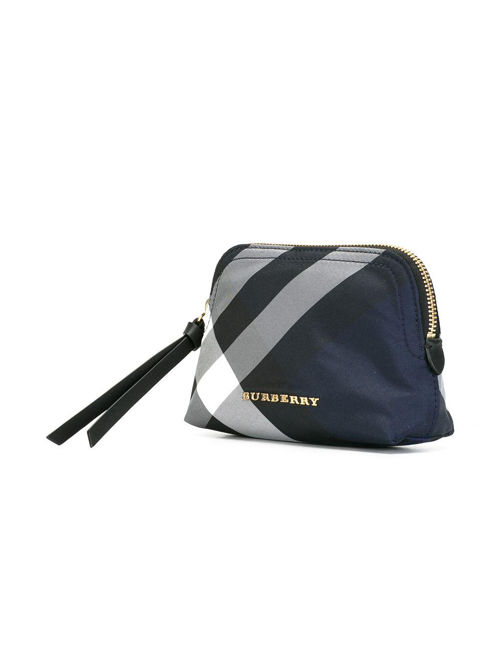 Lyst burberry embroidered polyester beauty case jpg 1000x1334 Burberry  beauty case 9fd03a0f2ebe4