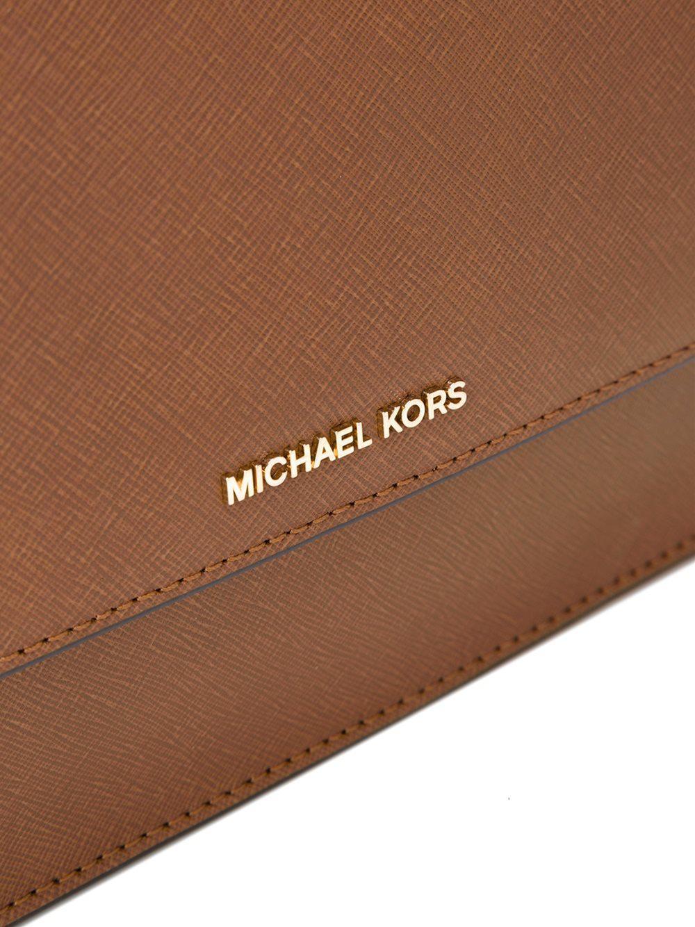 MICHAEL Michael Kors Leather 'daniela' Crossbody Bag in Brown
