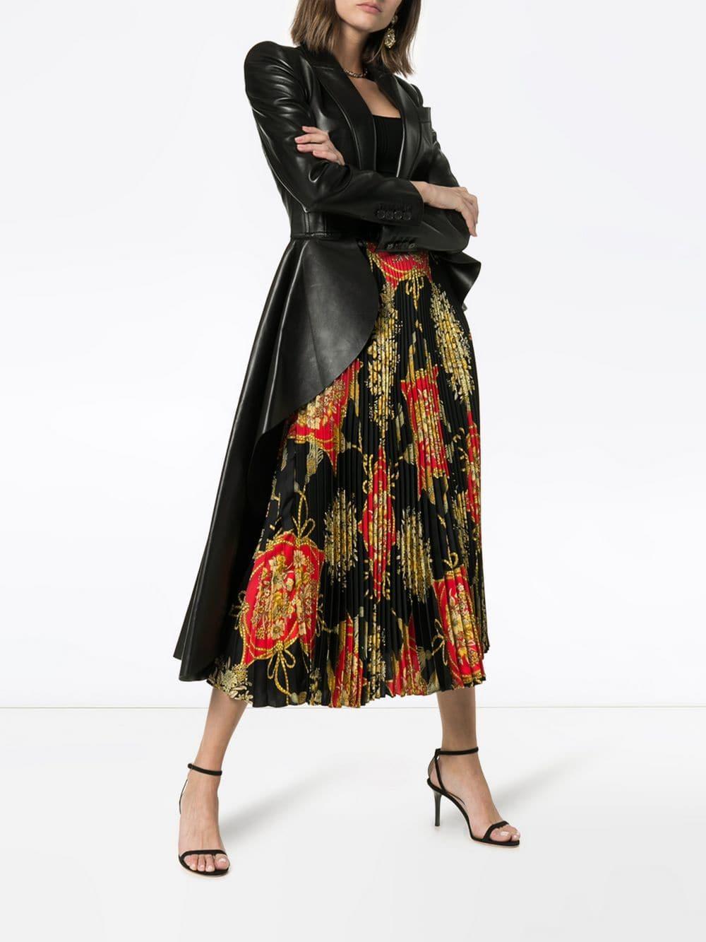 79784493438a82 Gucci Baroque Print Pleated Silk Midi Skirt in Black - Lyst