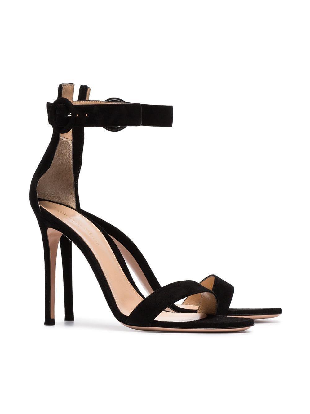 Sandales 105 en daim Gianvito Rossi en coloris Noir