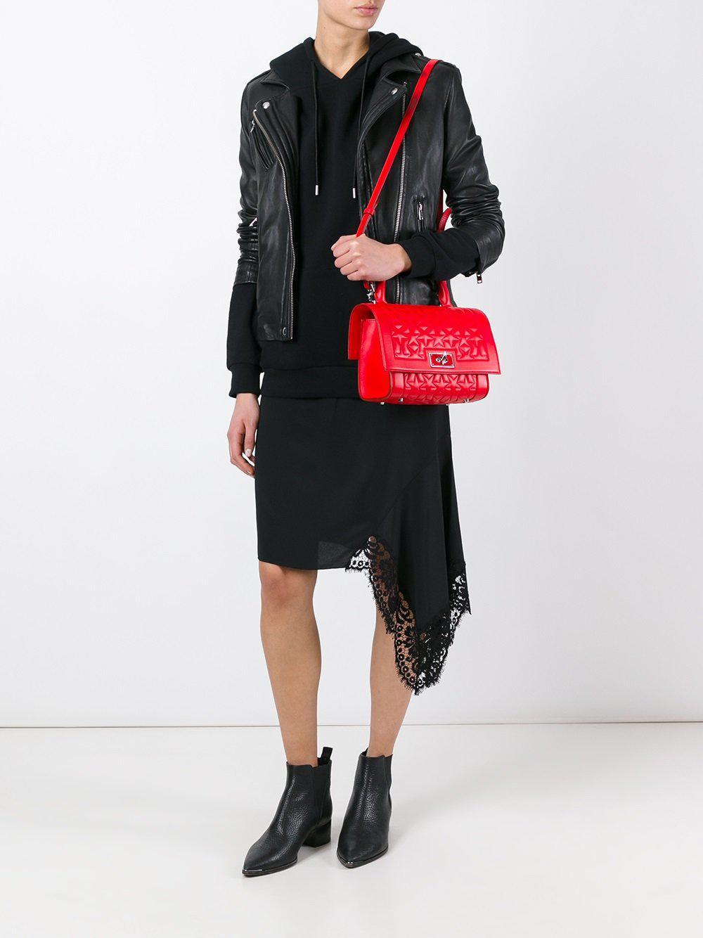Givenchy Rouge Lyst Sac Mini Épaule Coloris Shark En Porté tsQCrdh