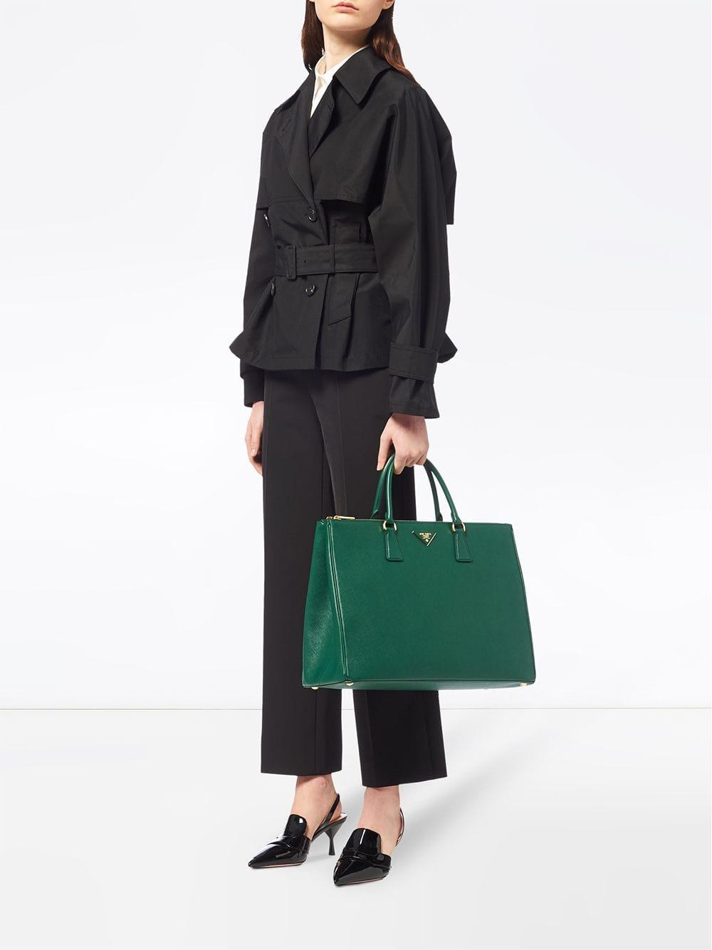 1a3317e2bed1 Prada Galleria Tote Bag in Green - Lyst