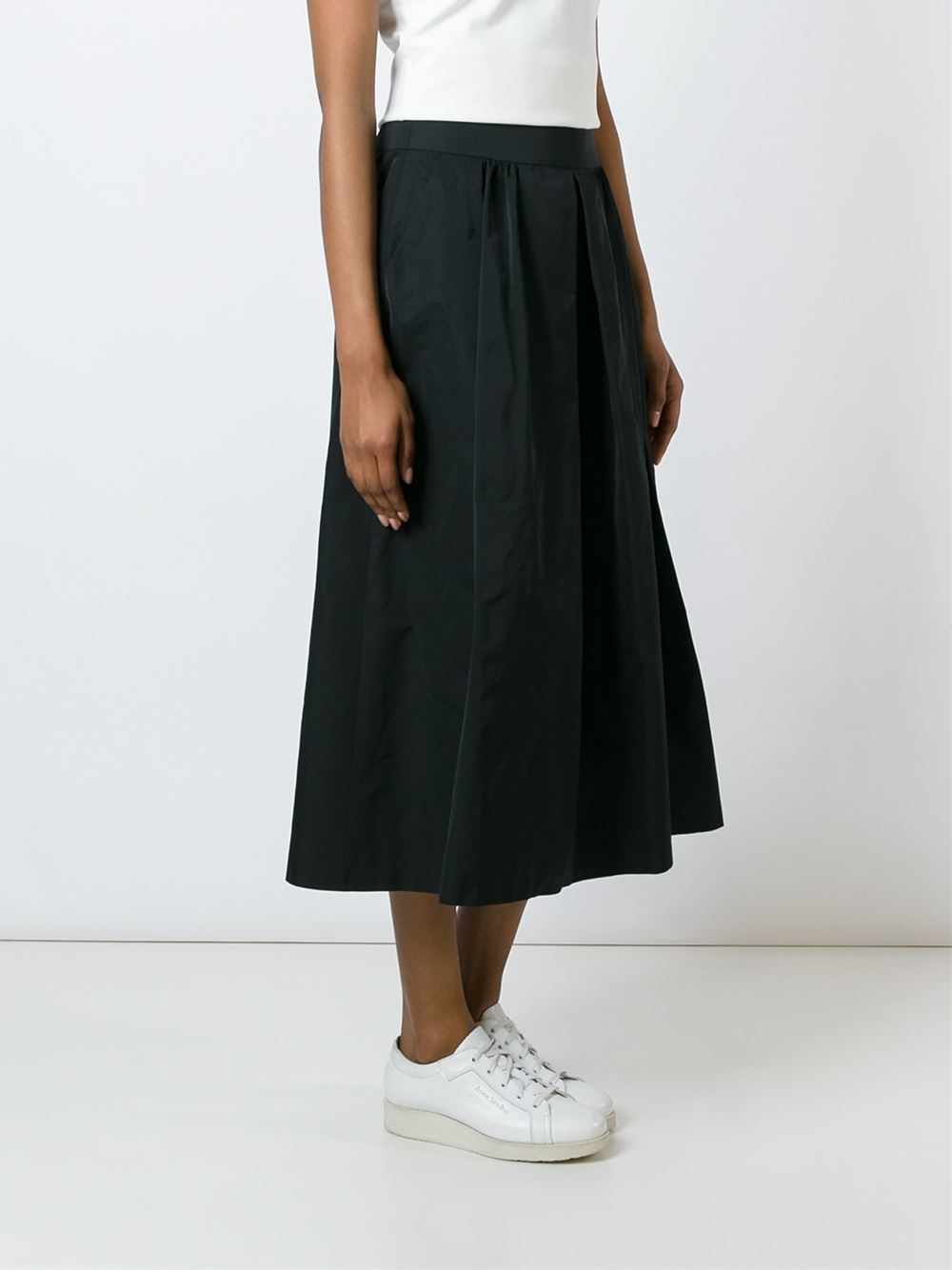 akris pleated midi skirt in black lyst