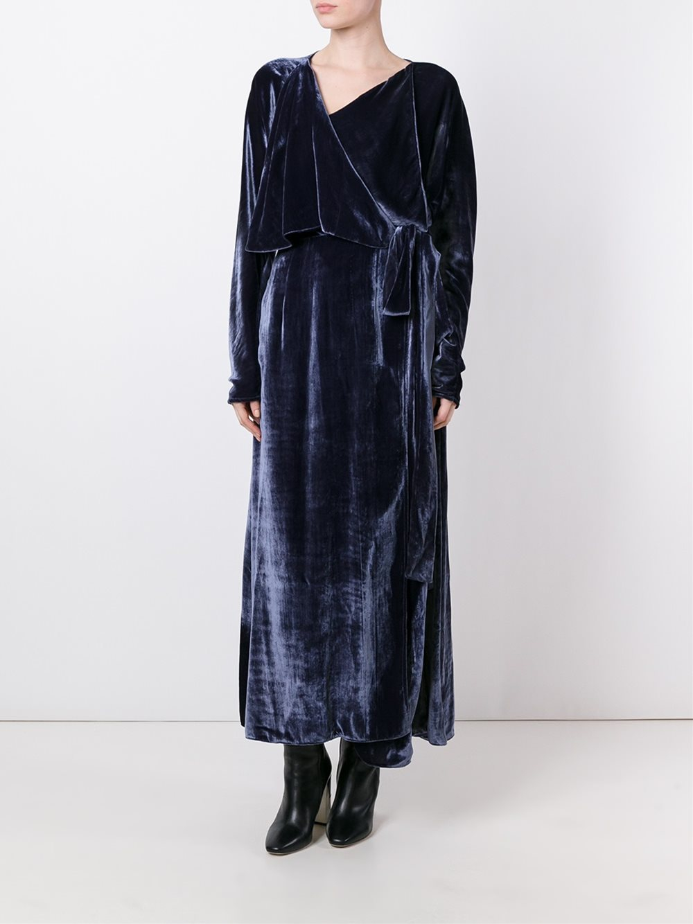 Lyst Attico Ali Velvet Robe Dress In Blue