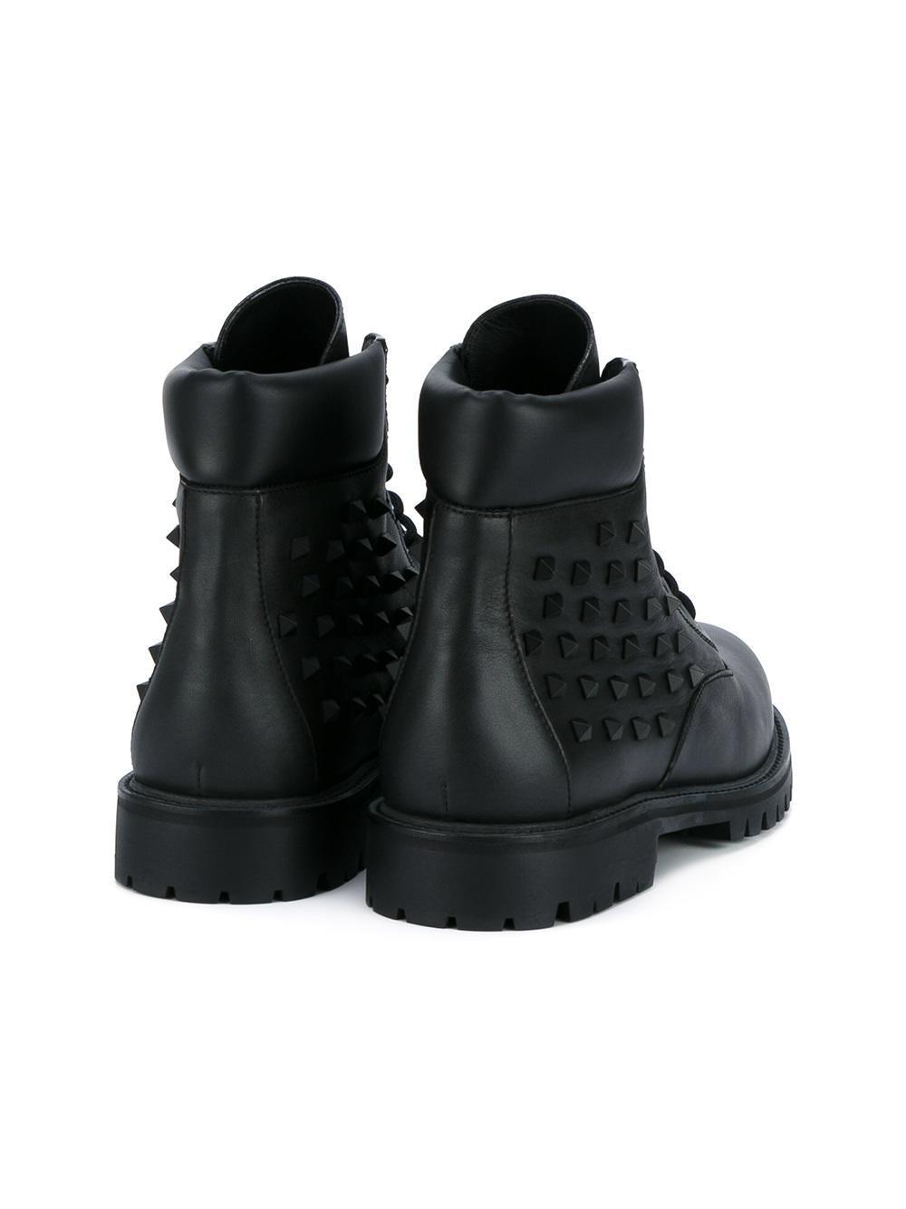 28a14715fd62 Valentino Rockstud Snow Boots