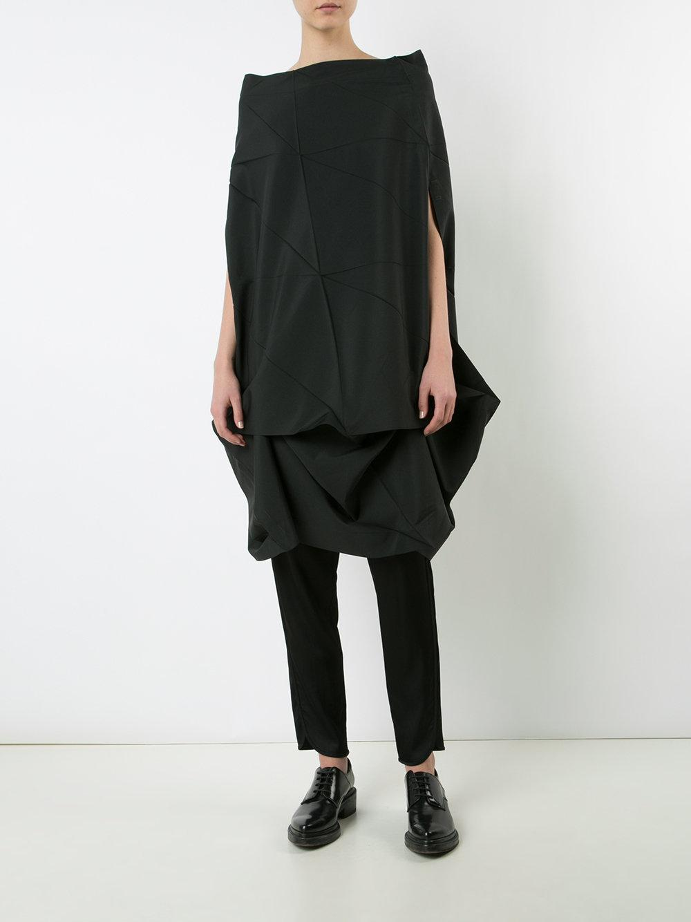 132 5. Issey Miyake Synthetic Draped Elongated Blouse in Black