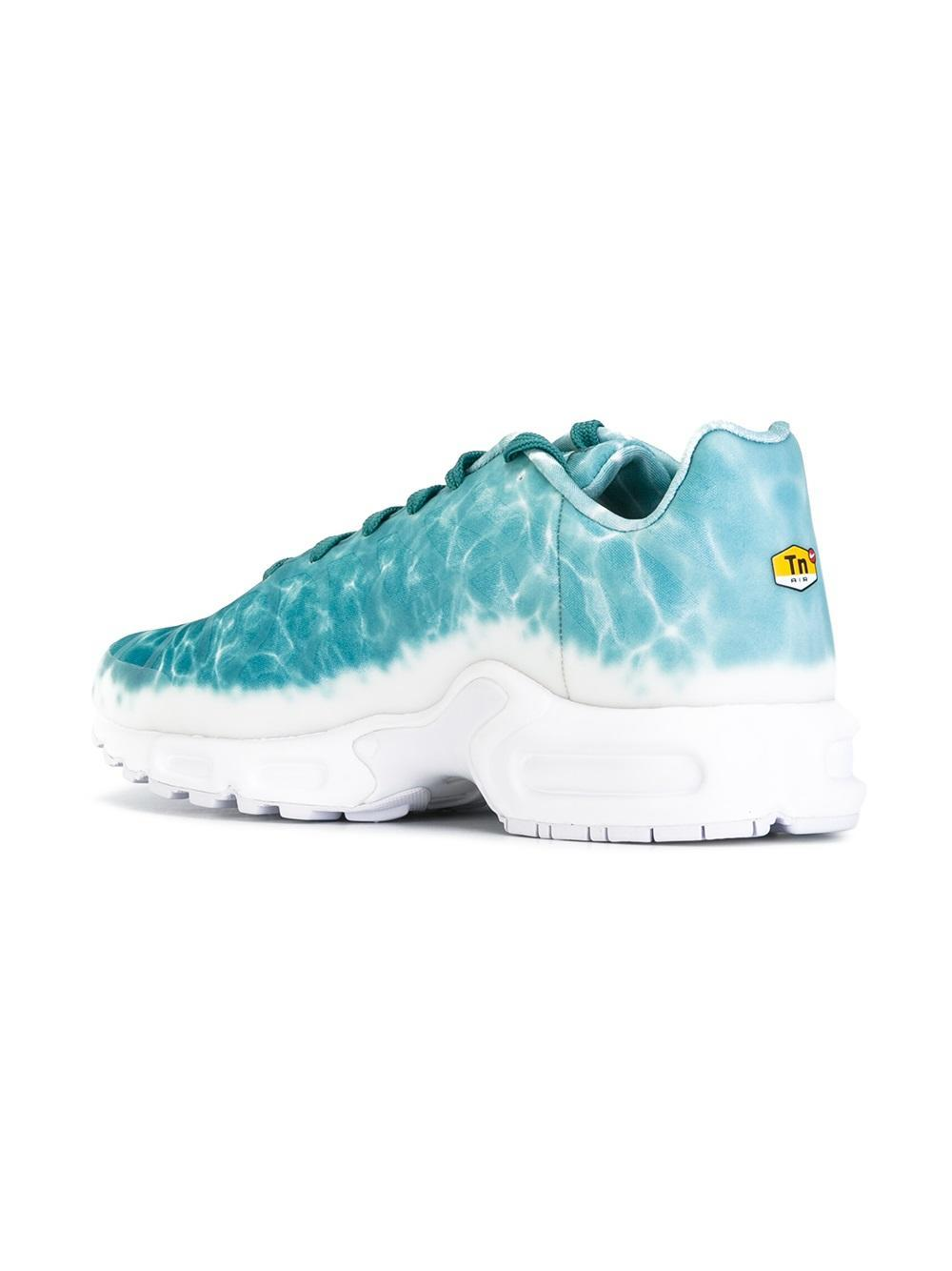 finest selection fdd44 96ff3 Nike Blue Air Max Plus Gpx Premium Swimming Pool Sneakers for men