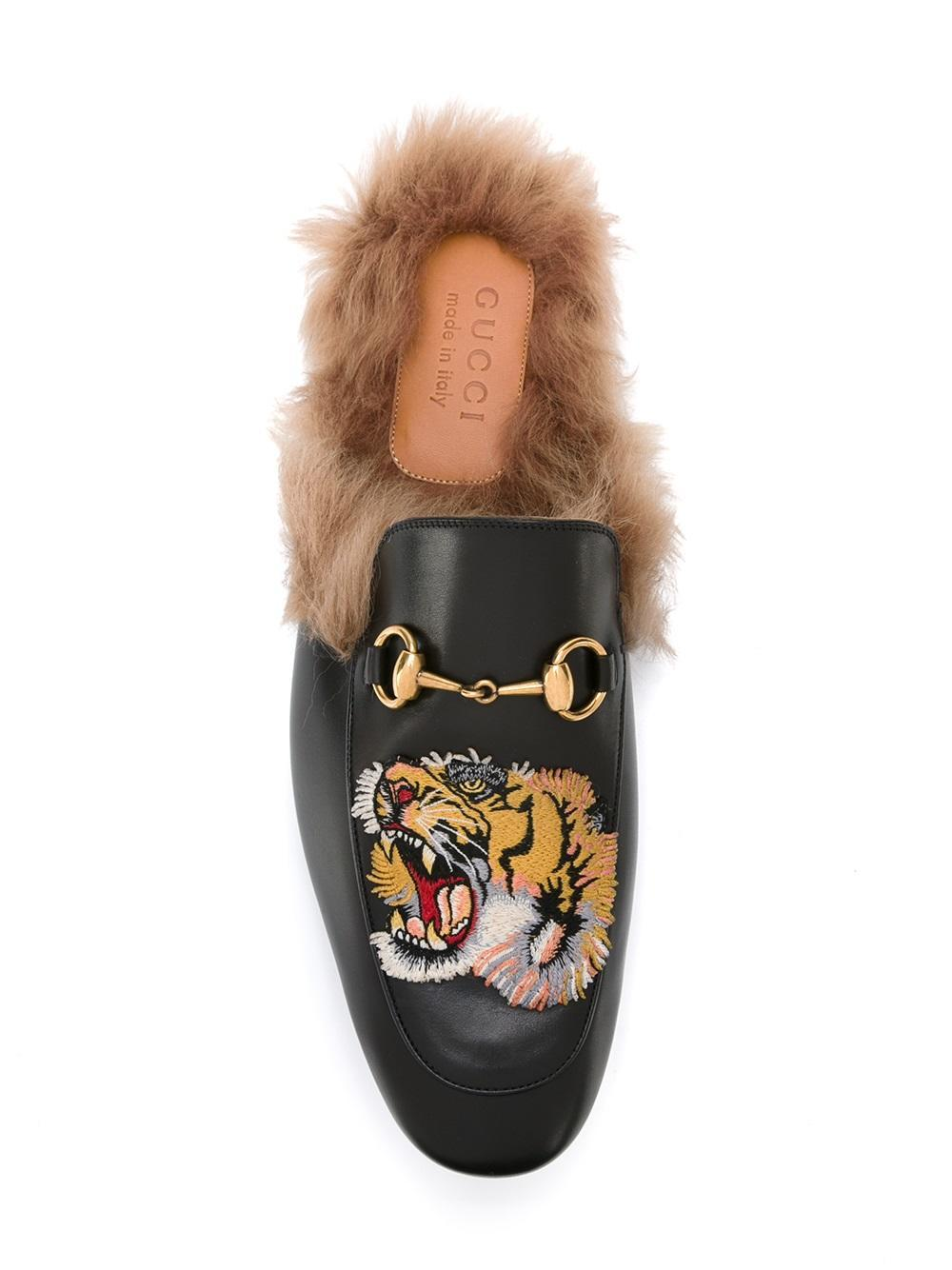 Gucci Leather Tiger Princetown Slippers in Black , Lyst