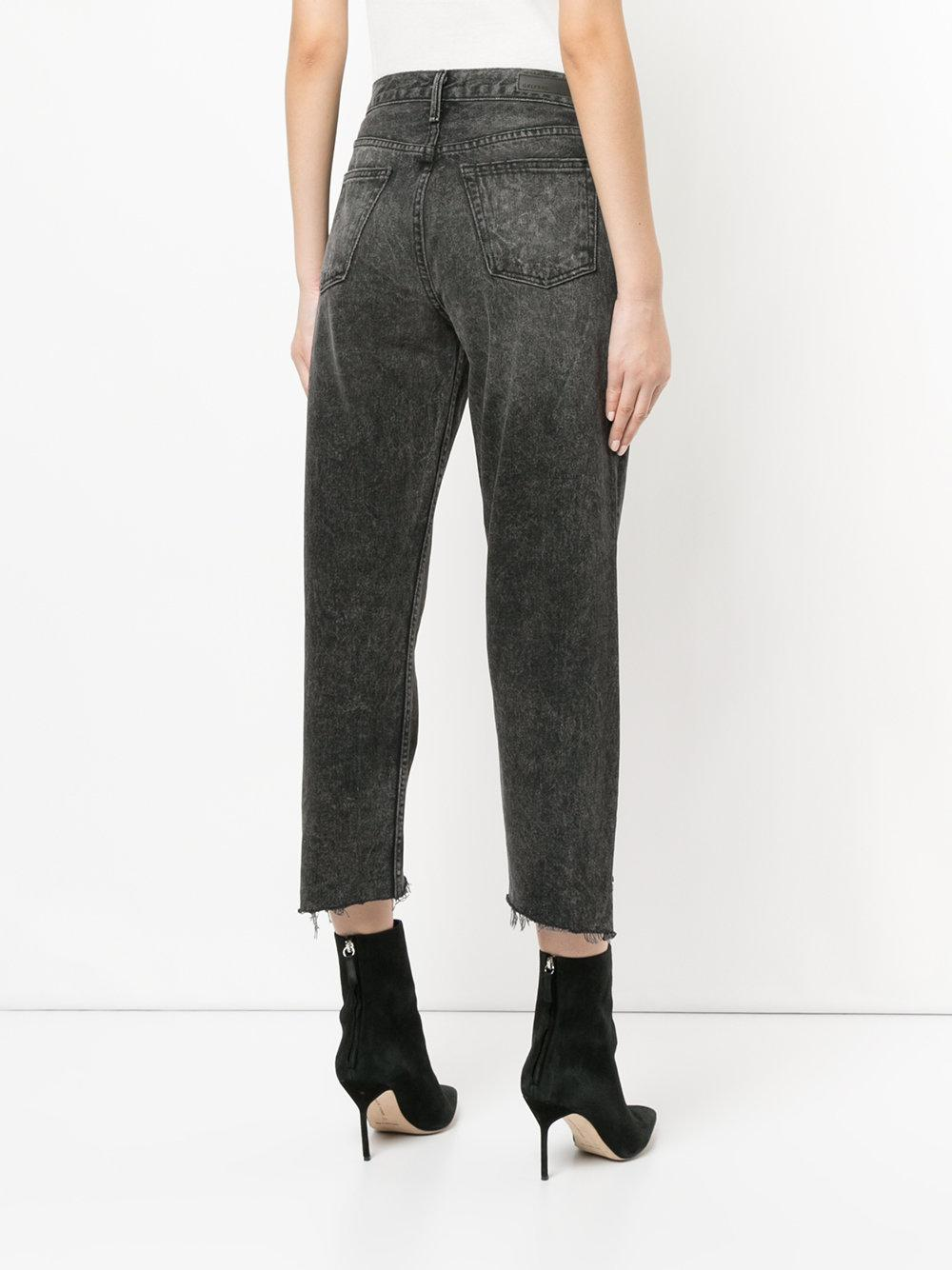 GRLFRND Denim Raw Hem Cropped Jeans in Grey (Grey)