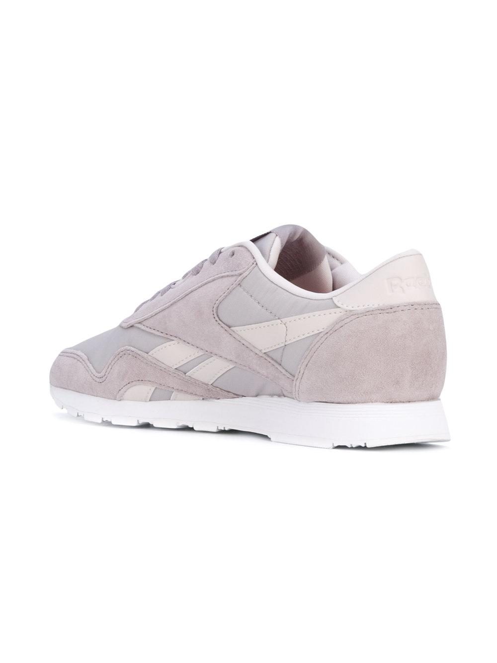 Reebok Leather Stockholm Classic Sneakers in Grey (Grey)