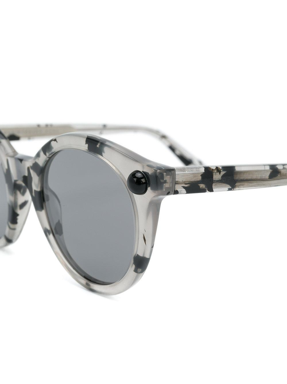 Christopher Kane Round Frame Speckled Sunglasses in Grey (Grey)
