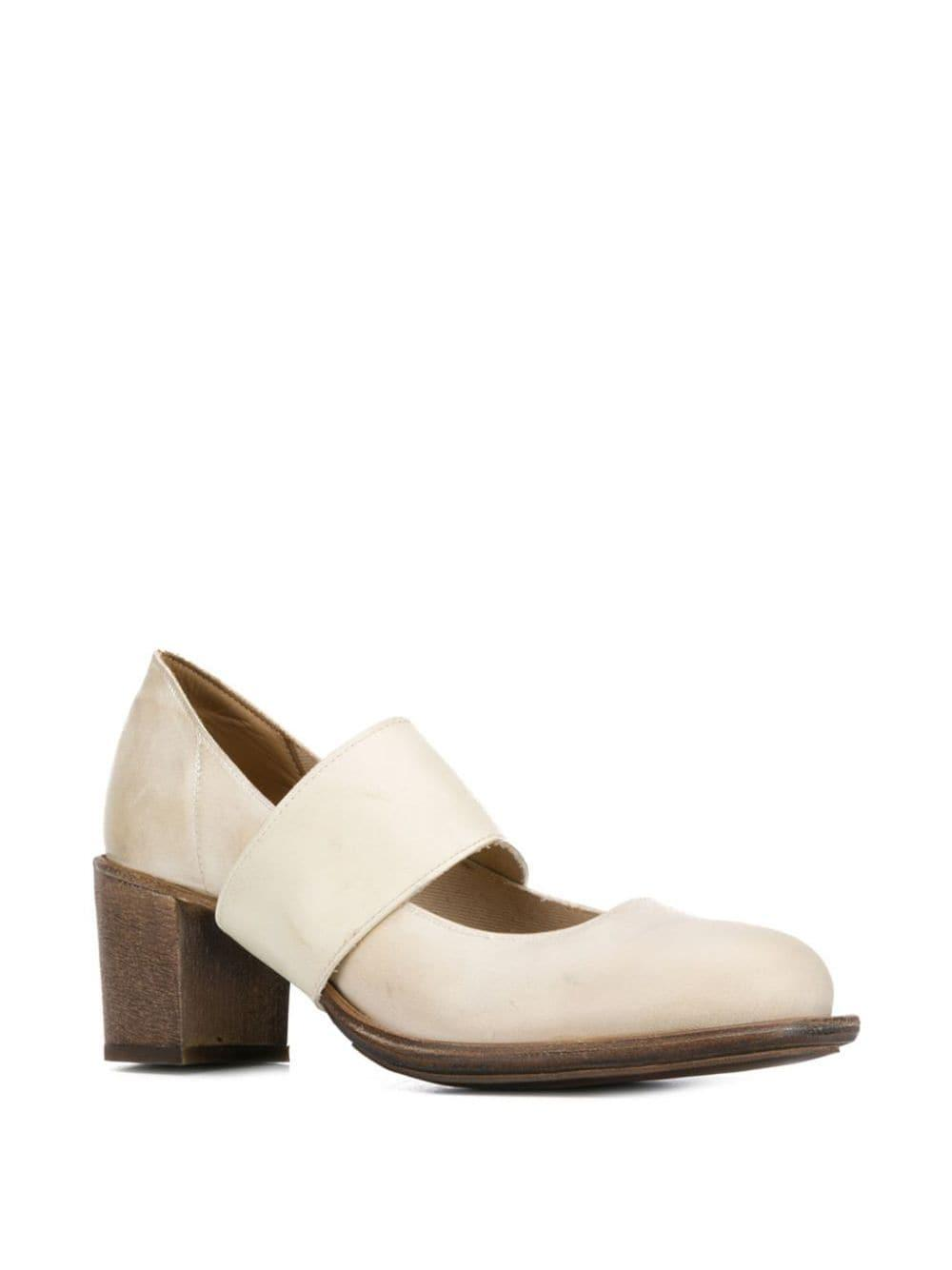 Zapatos de tacón Blake Cherevichkiotvichki de Cuero de color Blanco